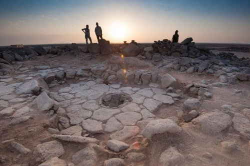 Bread unearthed by archaeologists is 4,000 years older than agriculture