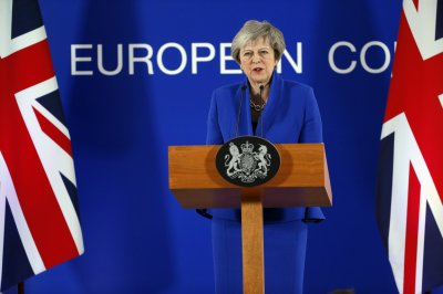 Theresa May to British Parliament: Back me or risk Brexit