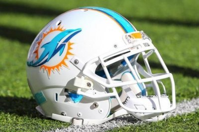 Dolphins place RB Gore on IR