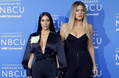 Kardashian family shares its 2018 Christmas card