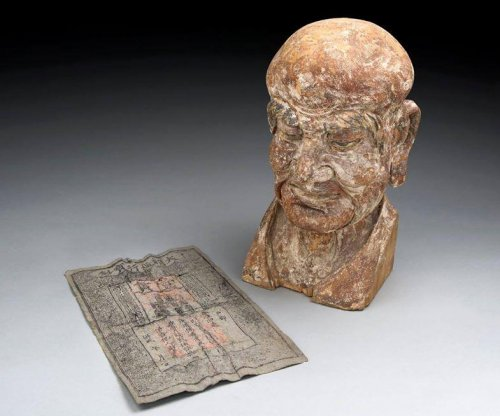 700-year-old banknote found in ancient Chinese sculpture
