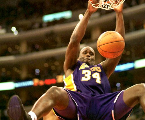 Lakers plan Shaquille O'Neal statue at Staples Center