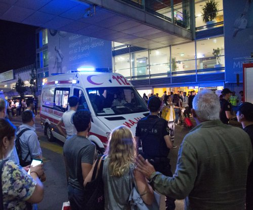Investigators, CIA chief suspect Islamic State in Turkey airport attack