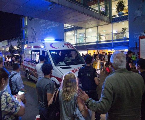 Investigators, CIA chief suspect Islamic State in Turkey airport attack
