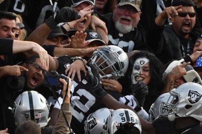 Oakland Raiders vs Denver Broncos: prediction, preview, pick to win
