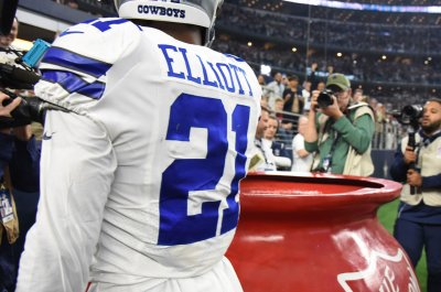 Cowboys' Ezekiel Elliott appealing NFL fine for Salvation Army donation