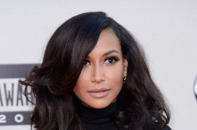 'Glee' star Naya Rivera presumed dead by drowning, sheriff's official says
