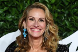 Starz acquires Watergate drama 'Gaslit' with Julia Roberts, Sean Penn