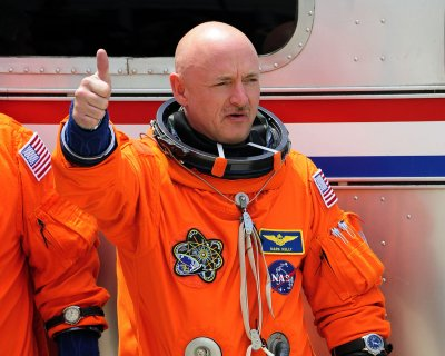 Twin astronauts to participate in long-term space travel study