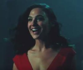 Gal Gadot makes a 'Wonder Woman' style entrance in new 'SNL' promo