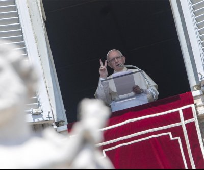 Pope Francis hopes to meet sex abuse victims in Ireland