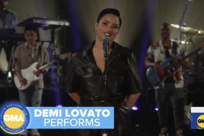 Demi Lovato performs 'The Art of Starting Over' on 'GMA'