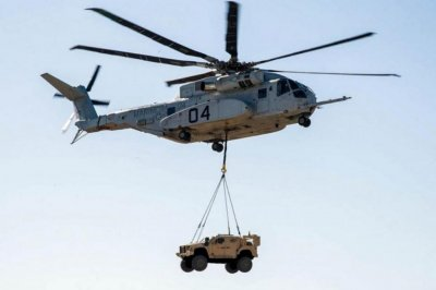 Navy awards Sikorsky $1.2B for 12 King Stallion helicopters