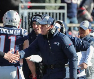 New England Patriots OL coach Dante Scarnecchia, 71, to retire from NFL