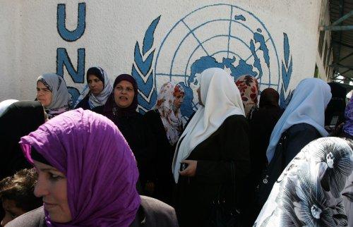 Palestinians win vote on UNESCO bid