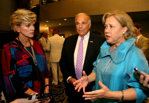 Mary Landrieu downplays DC home: 'It's 36 feet wide'