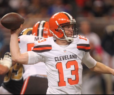 Browns QB Josh McCown out for season