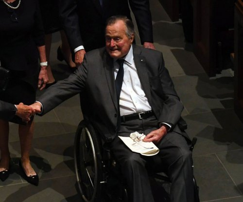 Former President George H.W. Bush returns to Maine