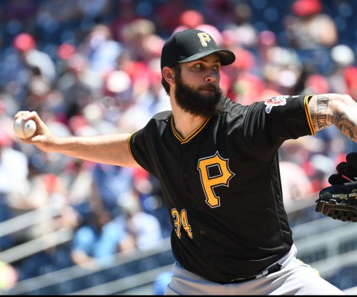 Pirates, D-Backs engaged in eye-for-eye series
