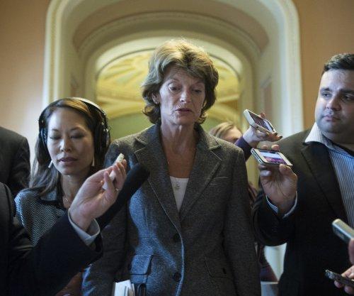 Senators want oil door opened to Mexico