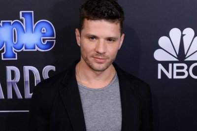 Ryan Phillippe to star in pilot for drama series 'Shooter'