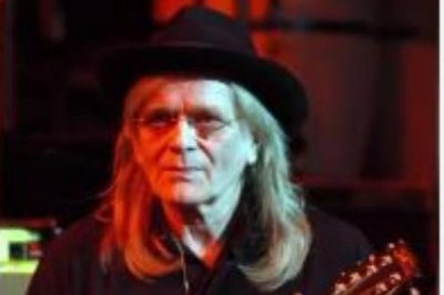 Paul McCartney mourns death of Wings guitarist Henry McCullough