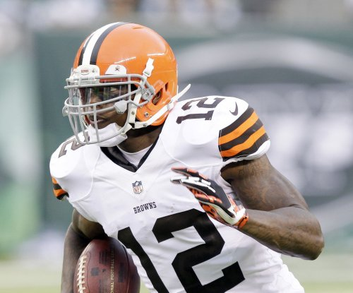 Josh Gordon returns to Cleveland Browns, lands on non-football injury list