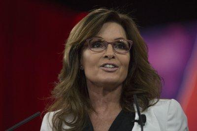 Trump eyes former Alaska Gov. Sarah Palin as VA secretary