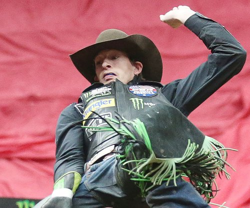 Professional bull rider Mason Lowe dies during competition