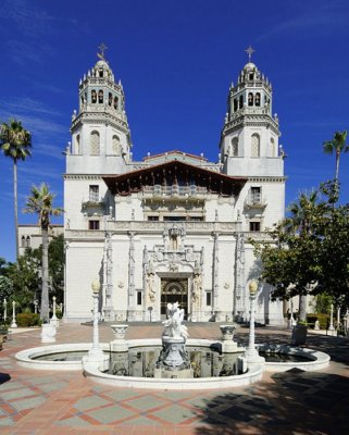 Earthquake hits near Hearst Castle