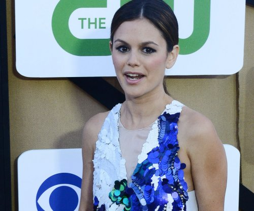 Rachel Bilson on motherhood: 'I feel like a mom to all kids'