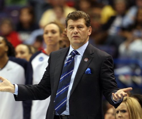 UConn coach Geno Auriemma released from hospital