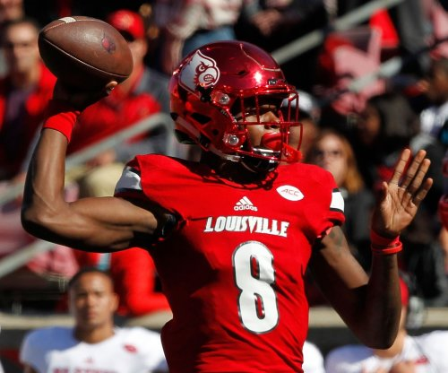 Lamar Jackson, No. 5 Louisville stunned by Houston