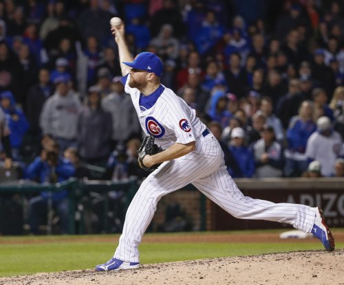 Chicago Cubs closer Wade Davis takes paternity leave