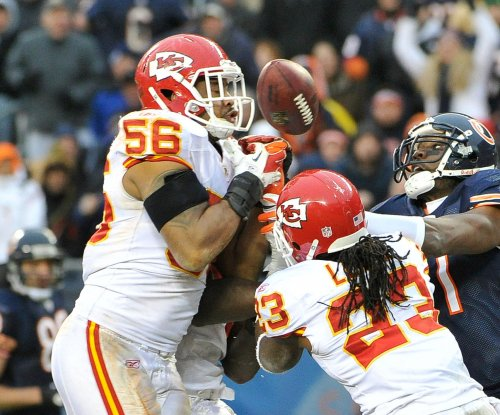 Raiders reportedly sign ex-Chiefs LB Johnson