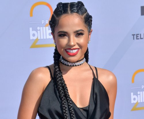 Becky G, Gloria Trevi and more to host 2018 Latin AMAs