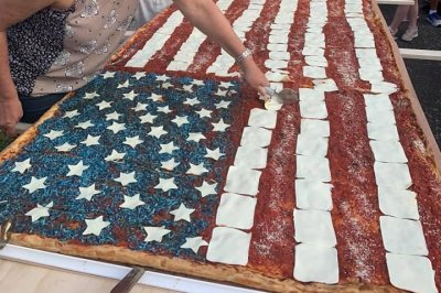 New Jersey pizzeria attempts world's largest pizza flag