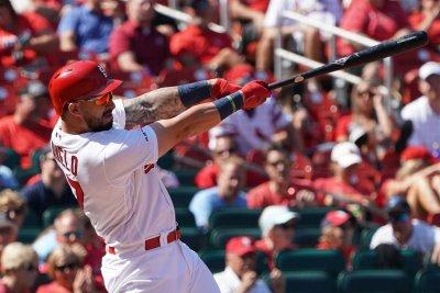 Cardinals' Rangel Ravelo hammers 487-foot homer