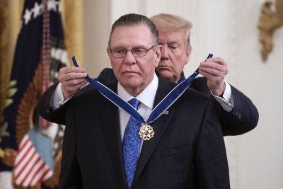 Trump awards former Gen. Jack Keane with Medal of Freedom