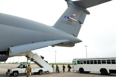 Air Force Reservists deploy to NYC to fight COVID-19 outbreak