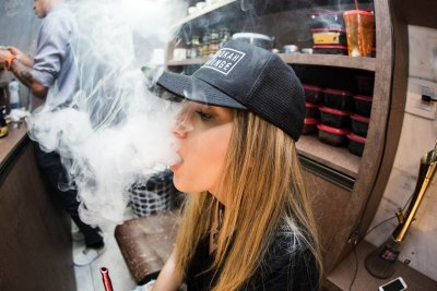 E-cigarette users have 30% higher risk for chronic lung diseases, study finds