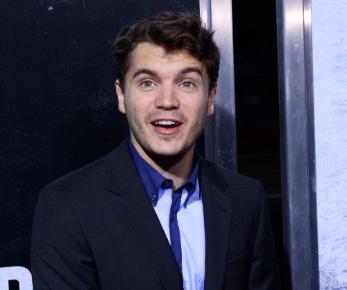 Emile Hirsch charged with felony assault