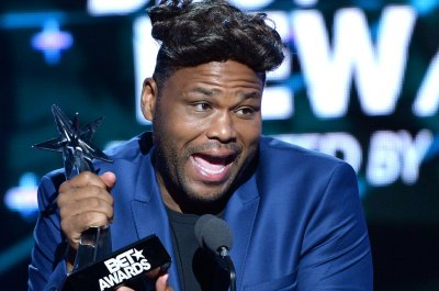anthony anderson heightanthony anderson filme, anthony anderson facebook, anthony anderson sherri shepherd, anthony anderson kevin hart, anthony anderson filmography, anthony anderson movies, anthony anderson wikipedia, anthony anderson and dmx movie, anthony anderson stand up, anthony anderson mom, anthony anderson wiki, anthony anderson instagram, anthony anderson net worth, anthony anderson height, anthony anderson and jet li movie, anthony anderson scary movie, anthony anderson and alvina anderson