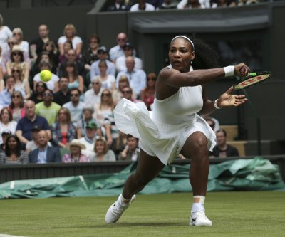 Wimbledon 2016: Serena Williams advances, Andy Murray carries hopes of a nation
