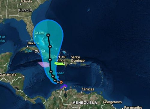 Hurricane Matthew weakens slightly on path to Jamaica, remains strong Cat. 4