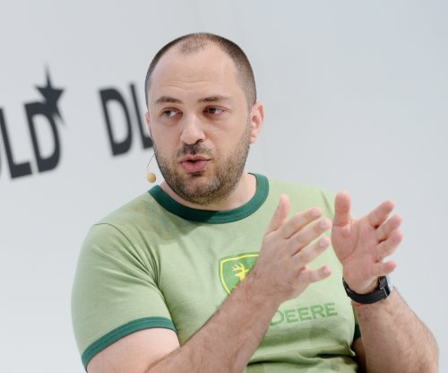 WhatsApp founder, CEO Jan Koum steps down