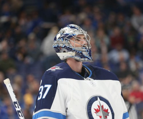 Connor Hellebuyck: Jets lock up goalie with $37M contract