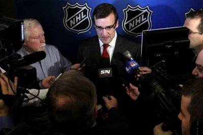 Las Vegas chooses George McPhee as GM