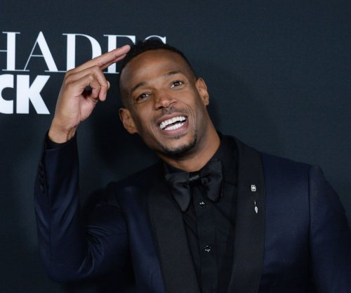 Marlon Wayans and Regina Hall to star in Netflix rom-com 'Naked'