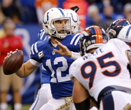 Indianapolis Colts QB Andrew Luck returns to practice